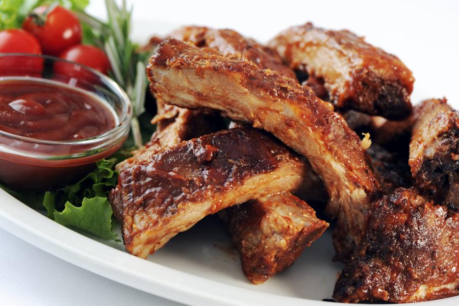 Kulinarischer Sonderabend: Spare Ribs Buffet à discrétion. Jeden ersten Mittwoch im Monat veranstaltet das Restaurant Bären Schüpfen einen Event in Form eines kulinarischen Sonderabends.